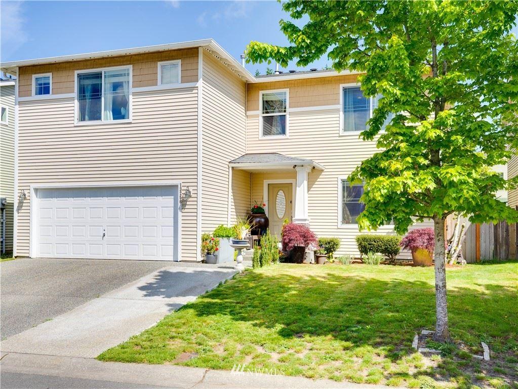 Photo of 13256 SE 227th Place, Kent, WA 98042 (MLS # 1769975)