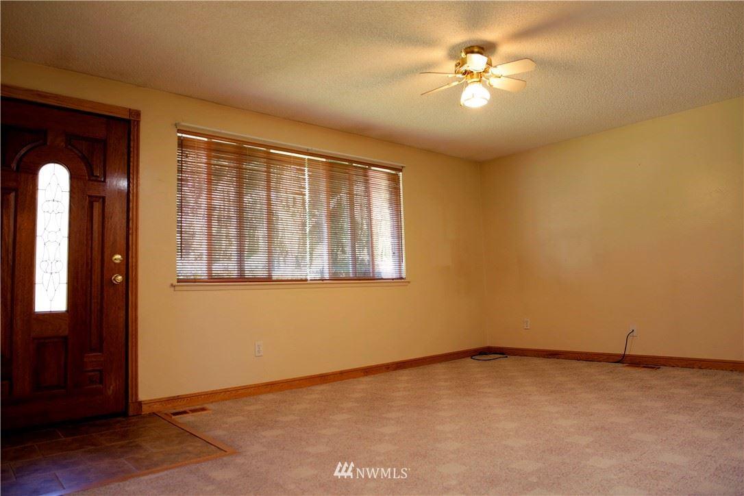 Photo of 5328 143rd Place NE, Marysville, WA 98271 (MLS # 1817976)