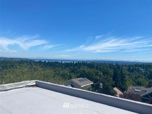 Photo of 2470 E Helen Street, Seattle, WA 98122 (MLS # 1816982)