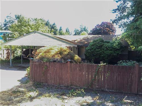 Photo of 14046 Meridian Avenue N, Seattle, WA 98133 (MLS # 1813986)