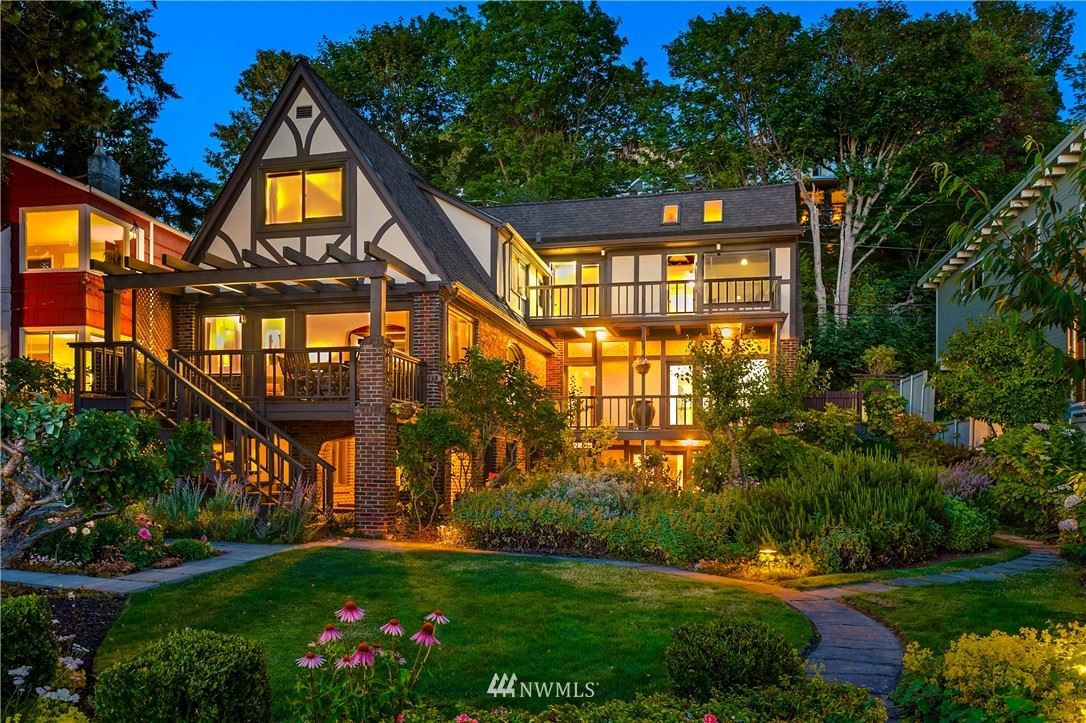 7045 Beach Drive SW, Seattle, WA 98136 - #: 1787986