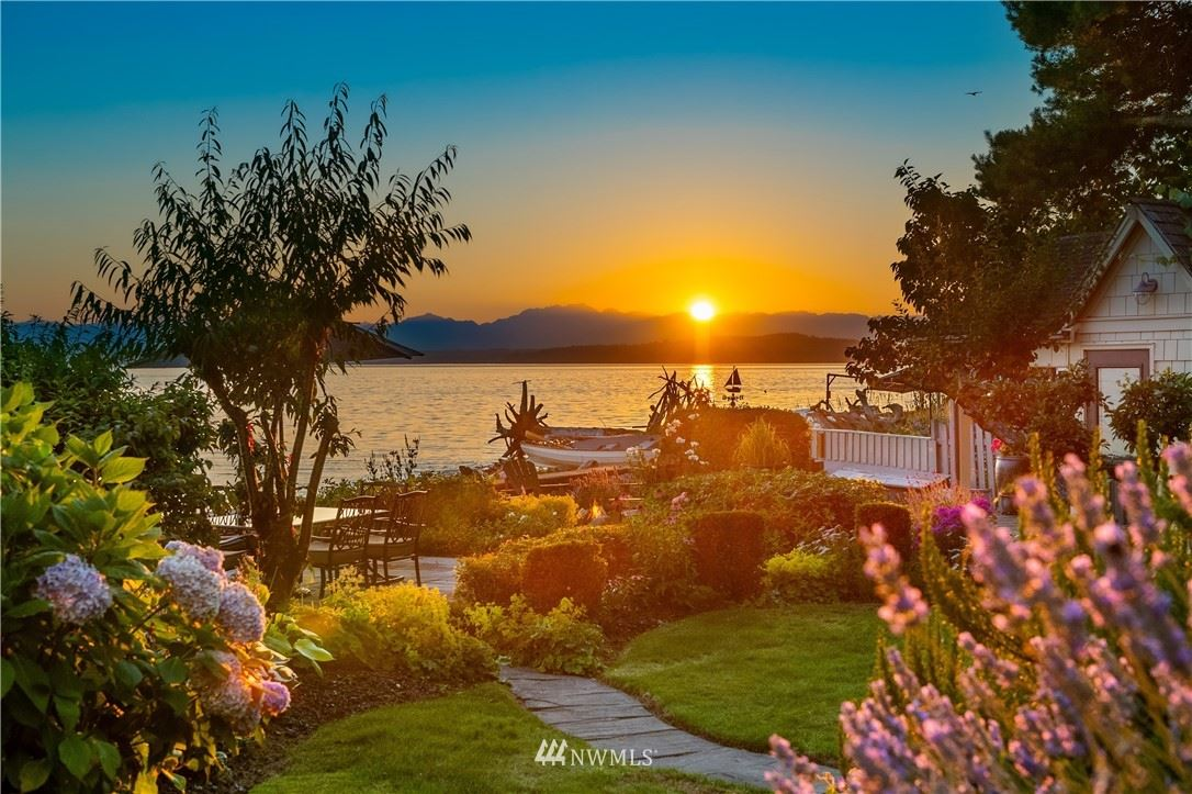 Photo of 7045 Beach Drive SW, Seattle, WA 98136 (MLS # 1787986)