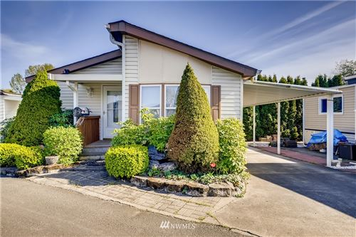 Photo of 3213 S 183rd Place, SeaTac, WA 98188 (MLS # 1761990)
