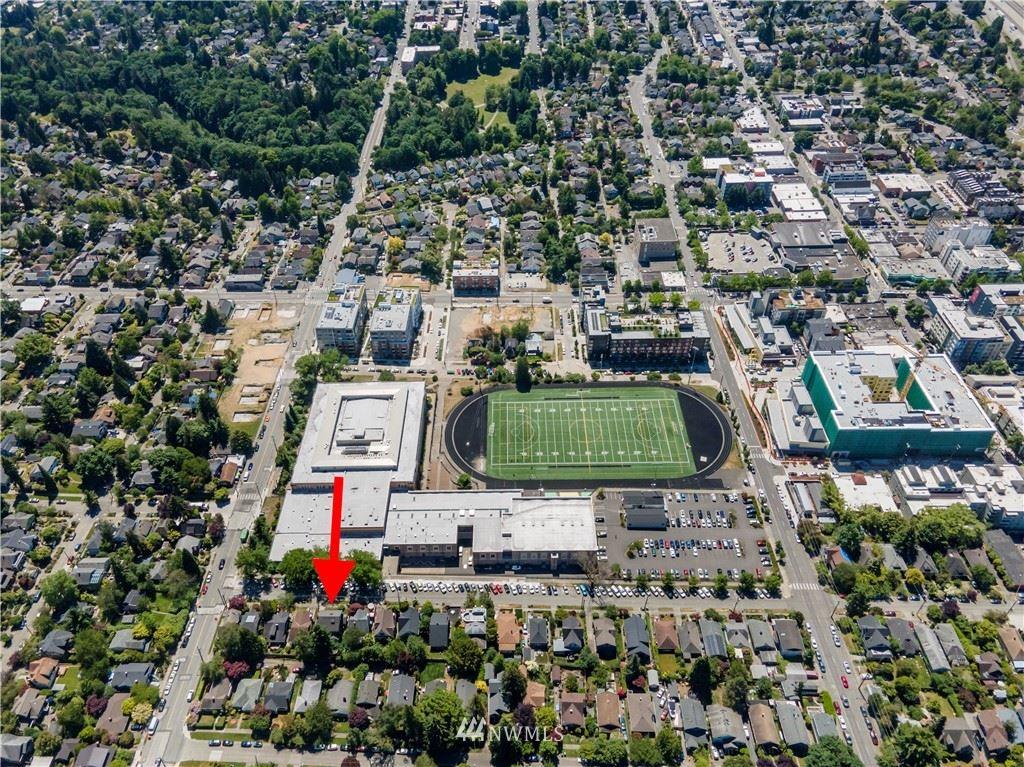 Photo of 1342 NE 68th Street, Seattle, WA 98115 (MLS # 1766990)