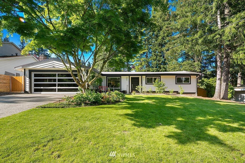 Photo of 16512 SE 29th Street, Bellevue, WA 98008 (MLS # 1774990)