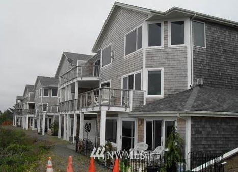 Photo of 2815 Willows Road #118, Seaview, WA 98644 (MLS # 1806991)