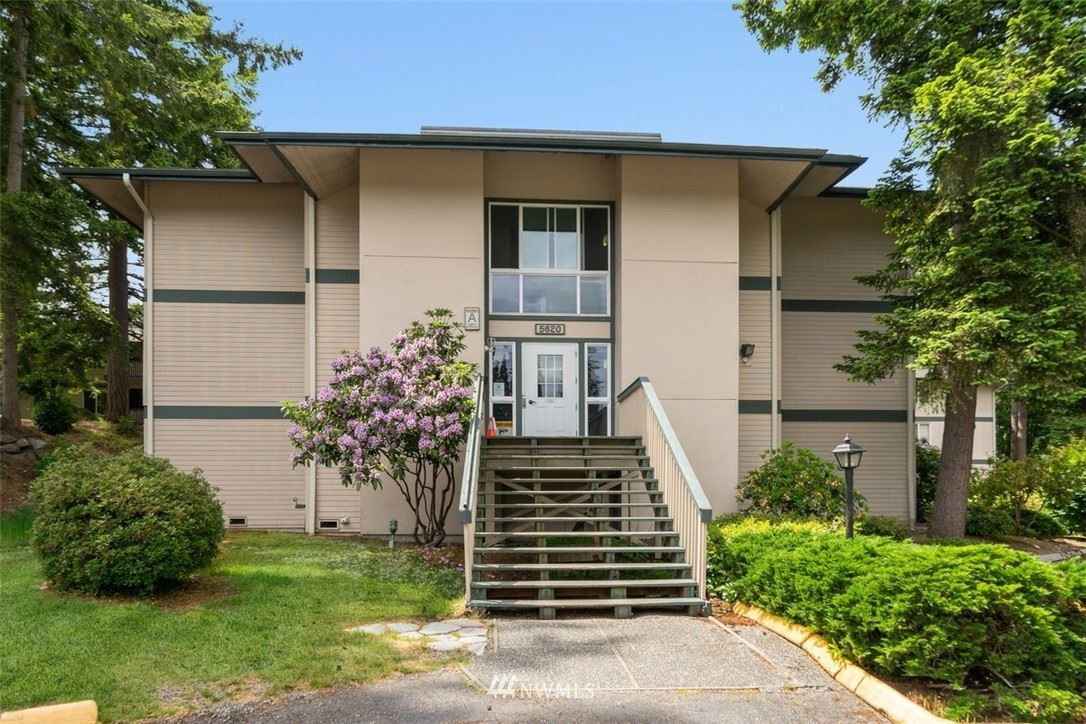 Photo of 5620 200th Street SW #A114, Lynnwood, WA 98036 (MLS # 1789992)