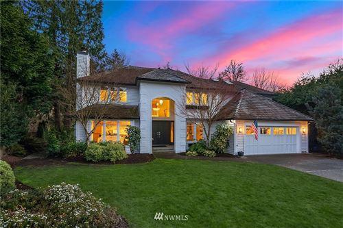 Photo of 15137 SE 66th Street, Bellevue, WA 98006 (MLS # 1746993)