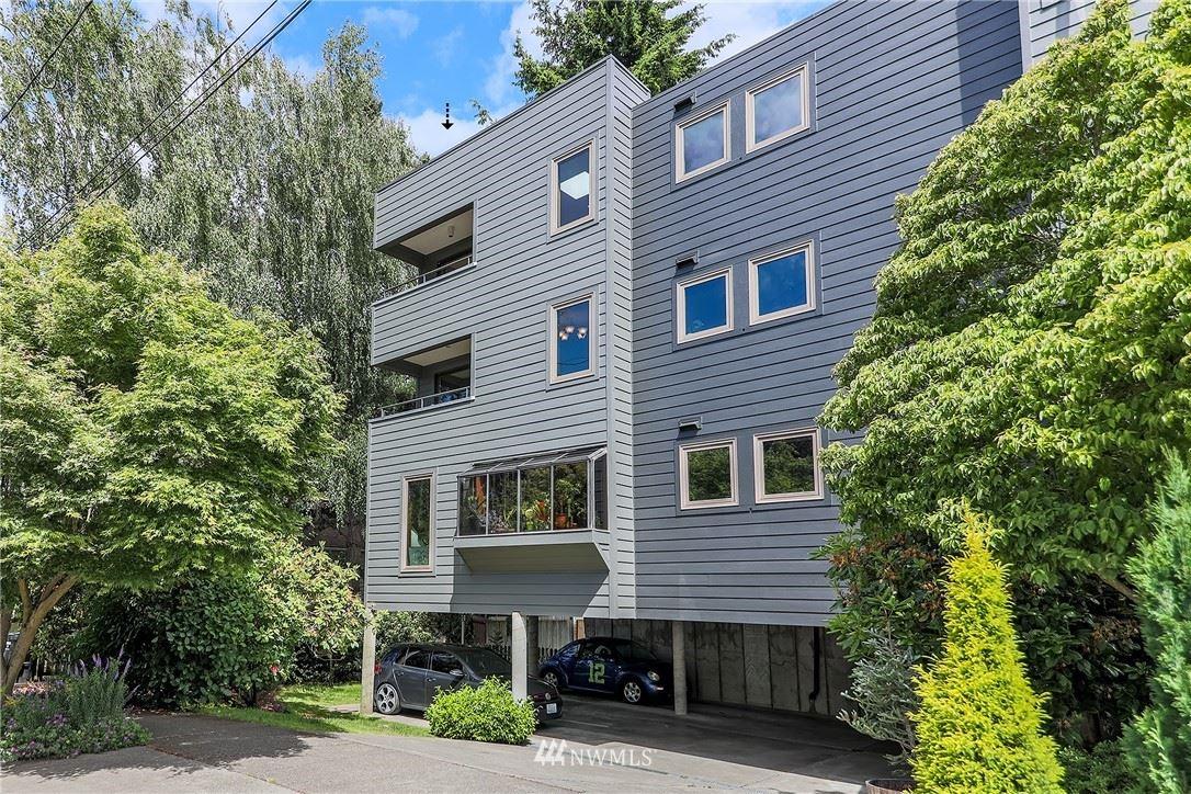 Photo of 2101 Nob Hill Avenue N #3A, Seattle, WA 98109 (MLS # 1792993)