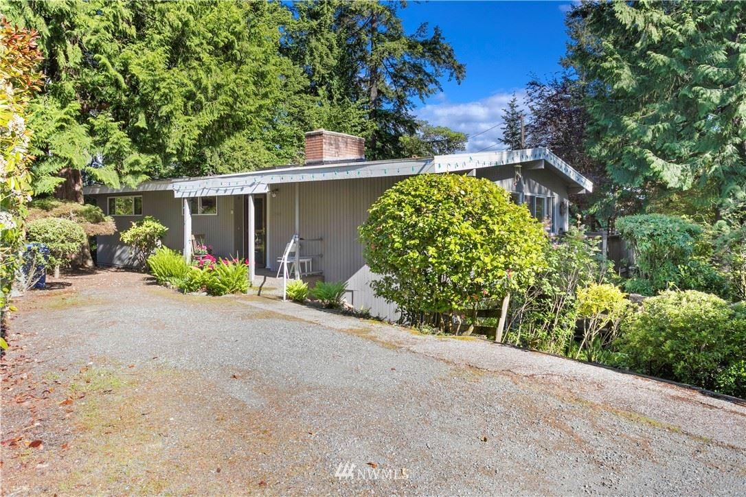 Photo of 2404 127th Avenue NE, Bellevue, WA 98005 (MLS # 1777994)