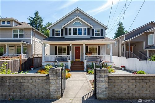 Photo of 8520 1st Ave NE, Seattle, WA 98115 (MLS # 1618995)