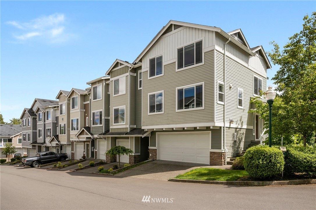 Photo of 15720 Manor Way #Q8, Lynnwood, WA 98087 (MLS # 1787996)