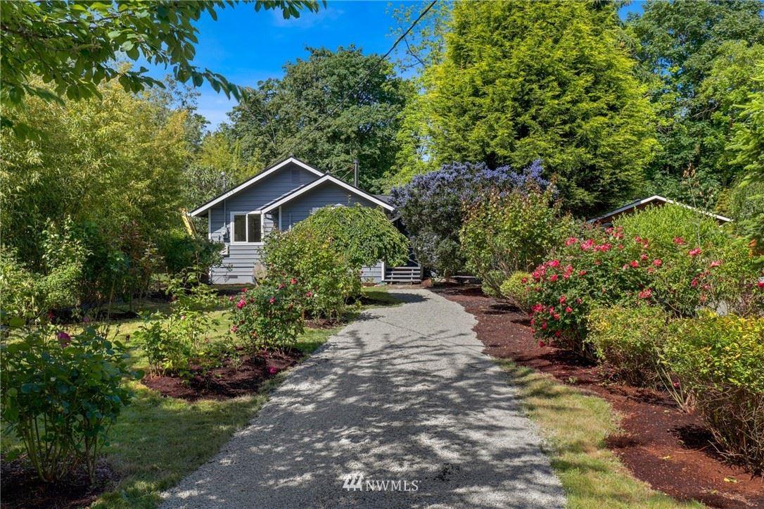 Photo of 4811 18th Avenue SW, Seattle, WA 98106 (MLS # 1783997)
