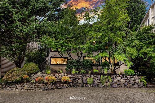 Photo of 4450 51st Avenue SW, Seattle, WA 98116 (MLS # 1668998)