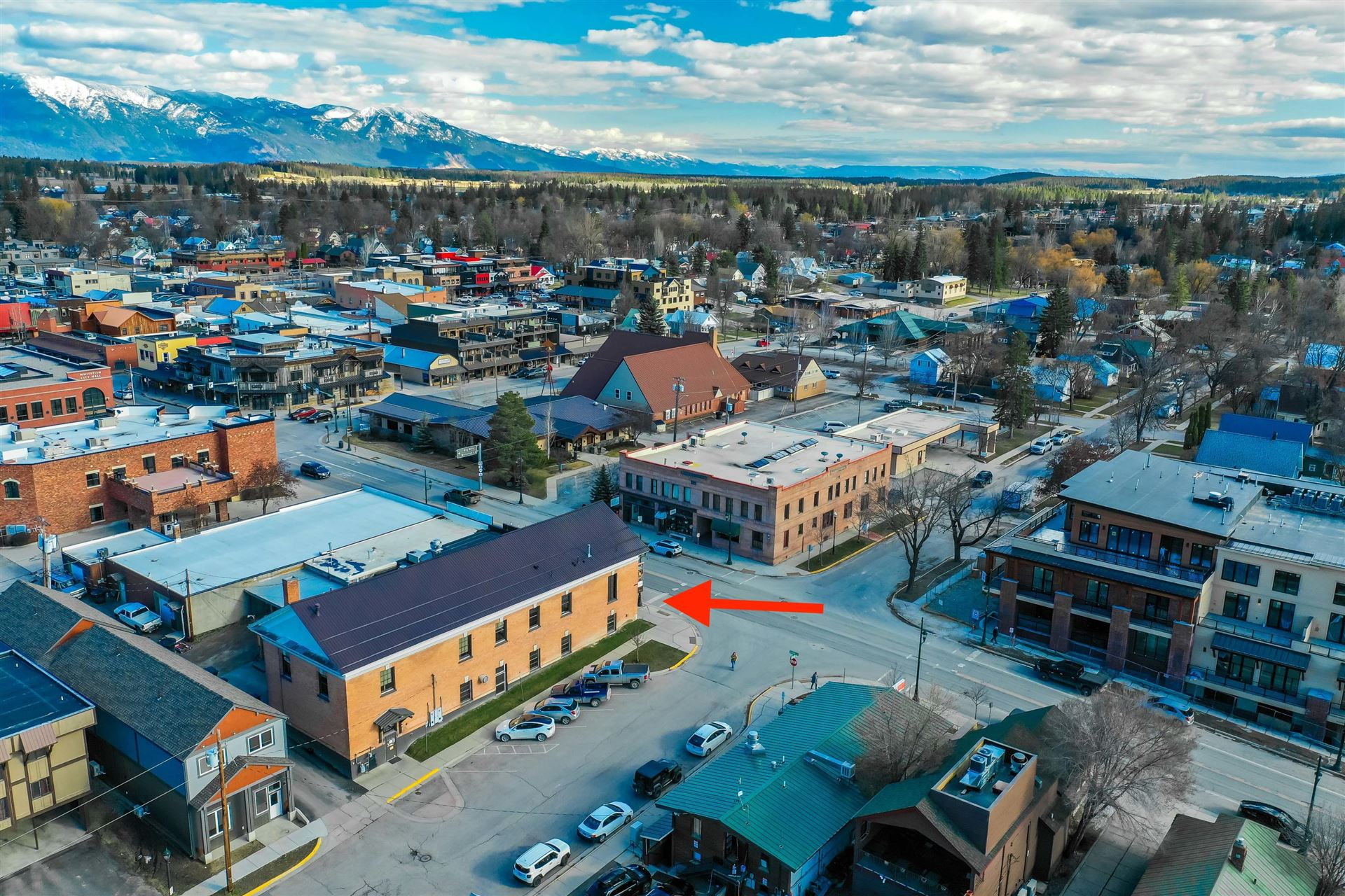 Photo of 300 East 2nd Street, Whitefish, MT 59937 (MLS # 22105050)