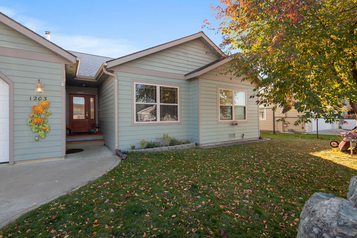 Photo for 1203 15th Avenue West, Columbia Falls, MT 59912 (MLS # 22116057)