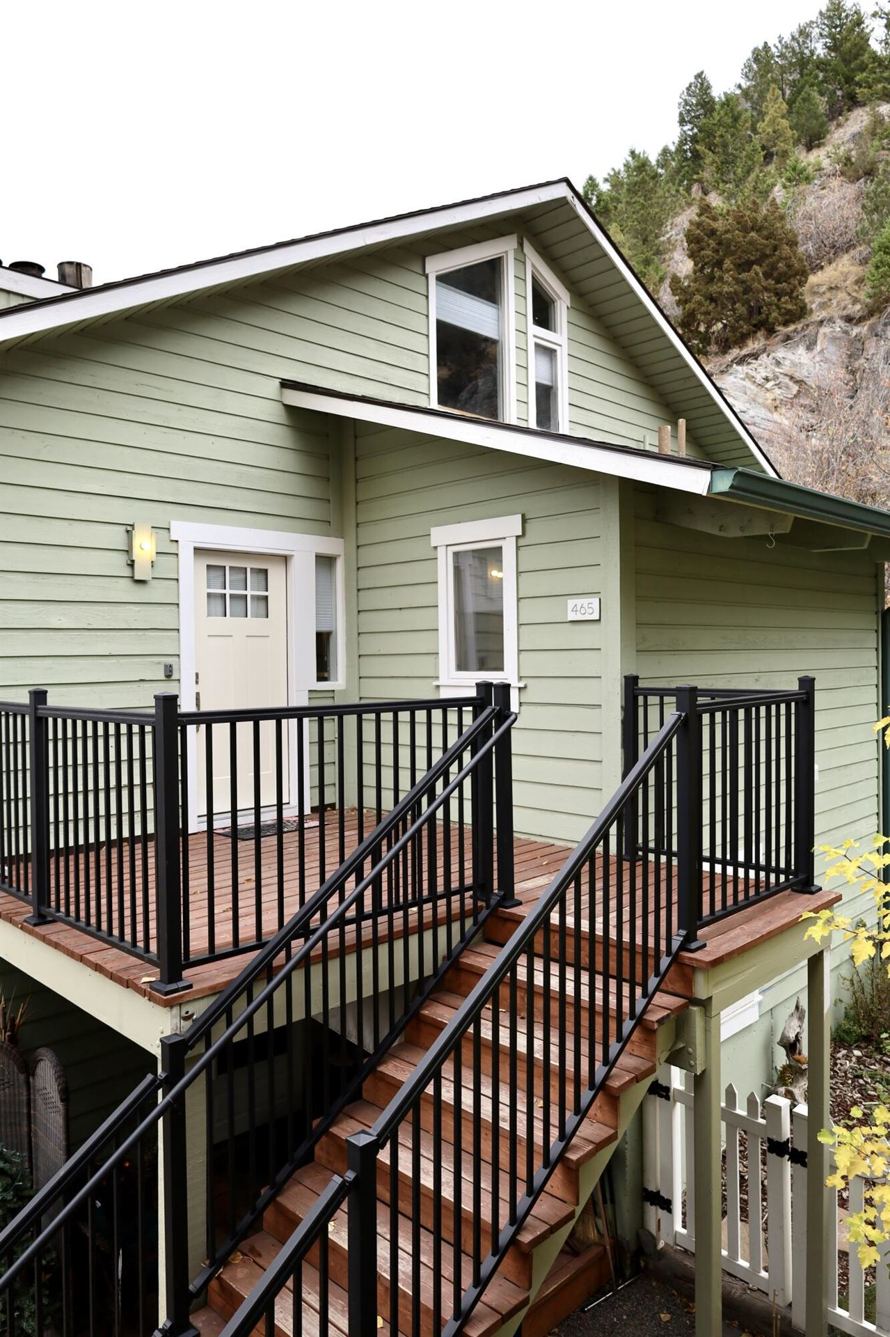 Photo for 465 South Park Avenue, Helena, MT 59601 (MLS # 22116061)