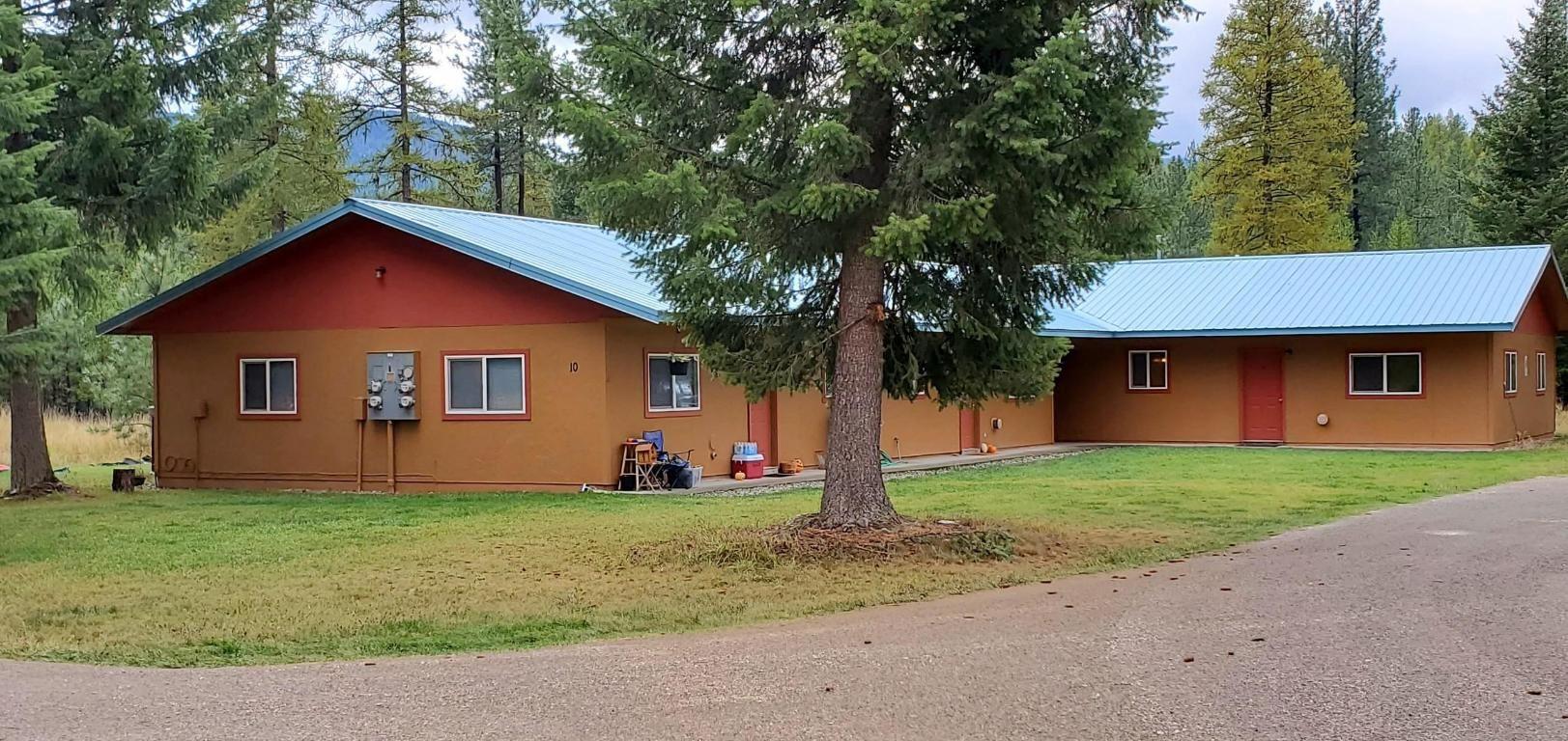 Photo of 10 Eagles Perch Lane, Trout Creek, MT 59874 (MLS # 22017140)
