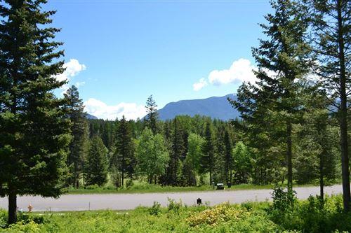 Photo of 284 Gleneagles Trail, Columbia Falls, MT 59912 (MLS # 22113146)