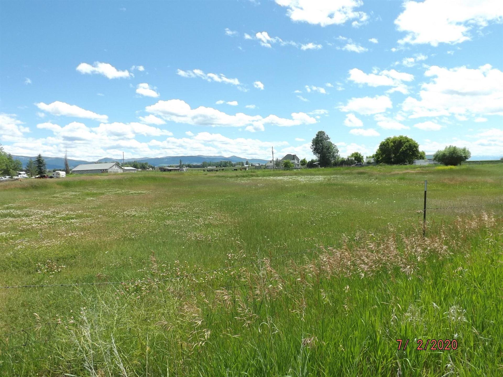 Photo of 3994 Cessna Court, Stevensville, MT 59870 (MLS # 22114195)