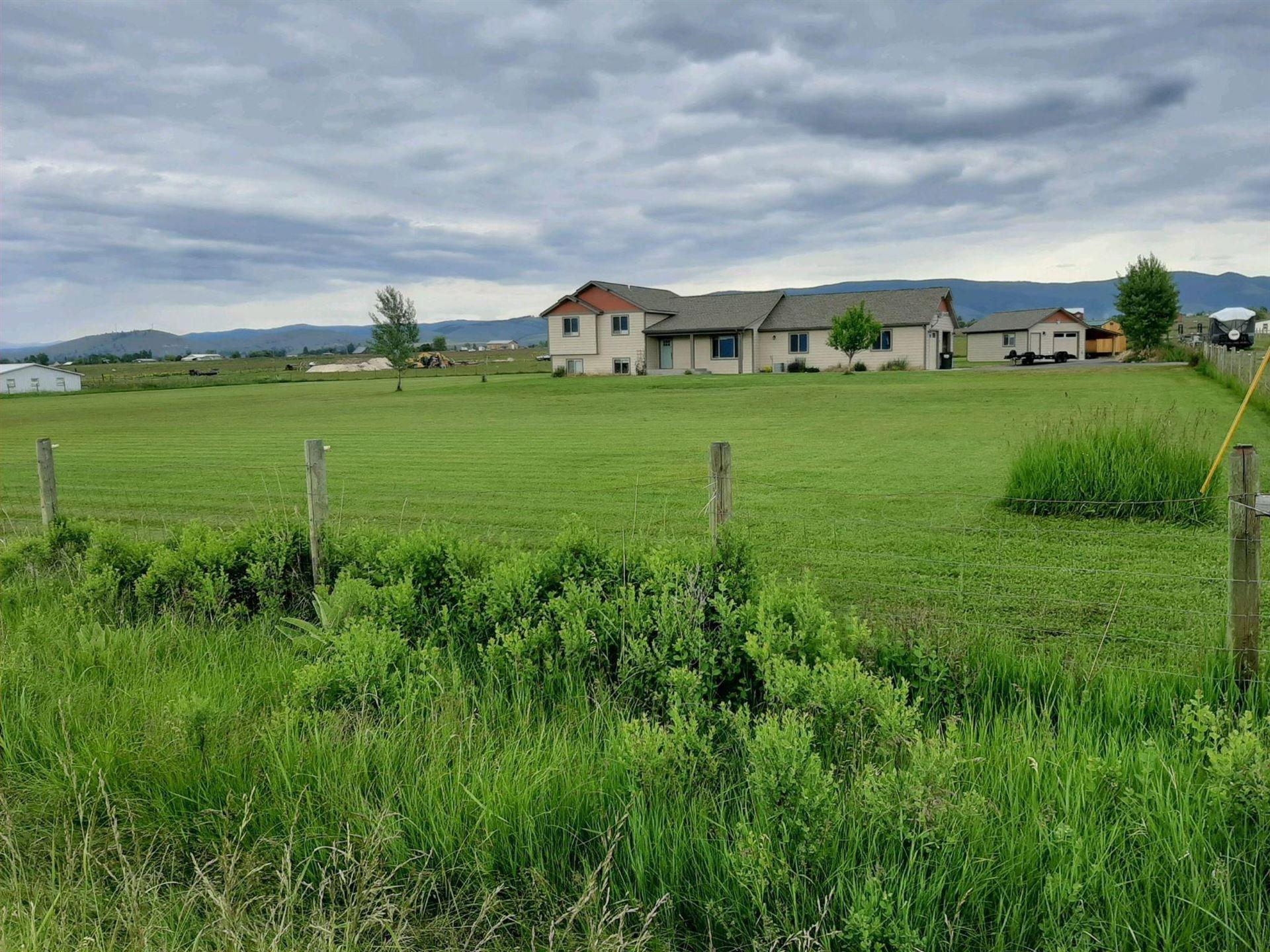 Photo of 948 Pine Hollow Road, Stevensville, MT 59870 (MLS # 22019271)