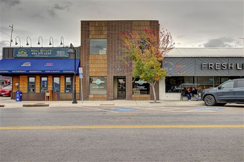 Photo of 203 Main Street, Polson, MT 59860 (MLS # 22116308)