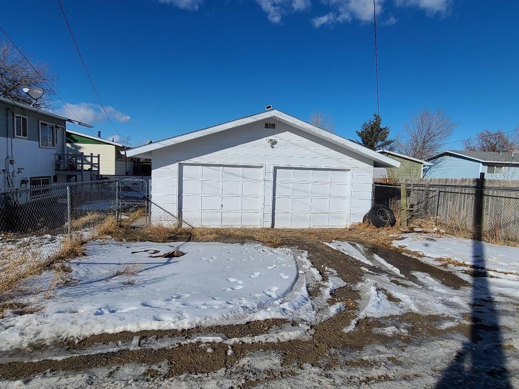 Photo of 825 North Fee Street, Helena, MT 59601 (MLS # 22102357)