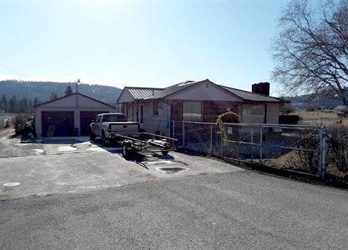 Photo of 1442 Highway 2 West, Kalispell, MT 59901 (MLS # 22002374)