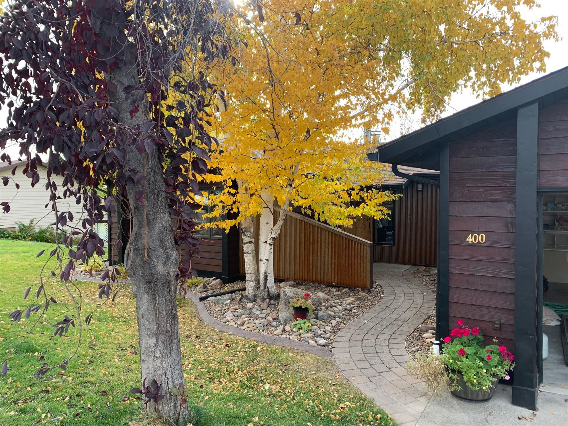 Photo of 400 20th Avenue South, Great Falls, MT 59405 (MLS # 22116433)