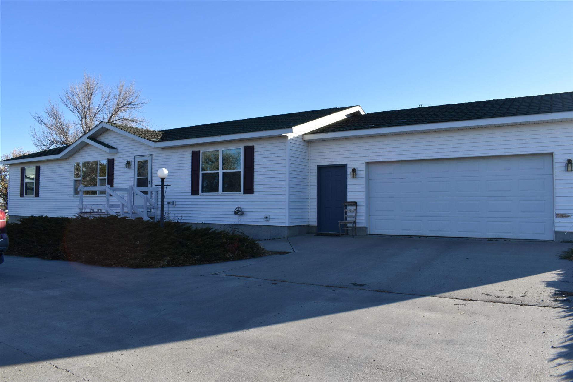 Photo of 524 6th Avenue South, Shelby, MT 59474 (MLS # 22116457)