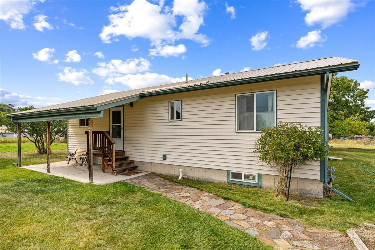 Photo for 2100/2102 5th Avenue East, Kalispell, MT 59901 (MLS # 22114488)