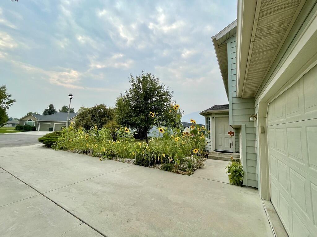 Photo of 116 Cottonwood Court, Hamilton, MT 59840 (MLS # 22114556)
