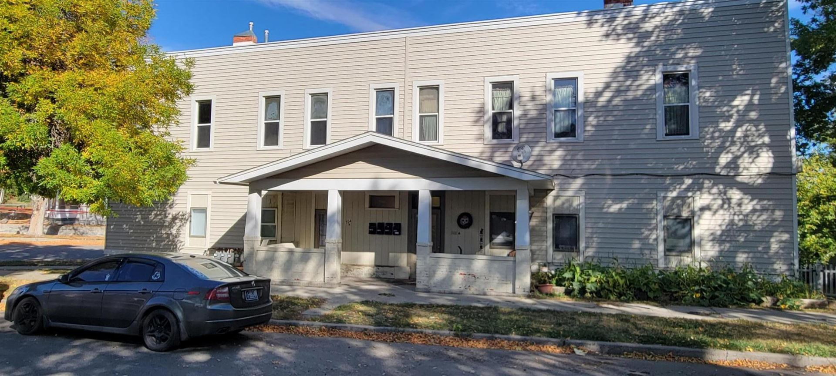 Photo of 504 Breckenridge Street, Helena, MT 59601 (MLS # 22115558)