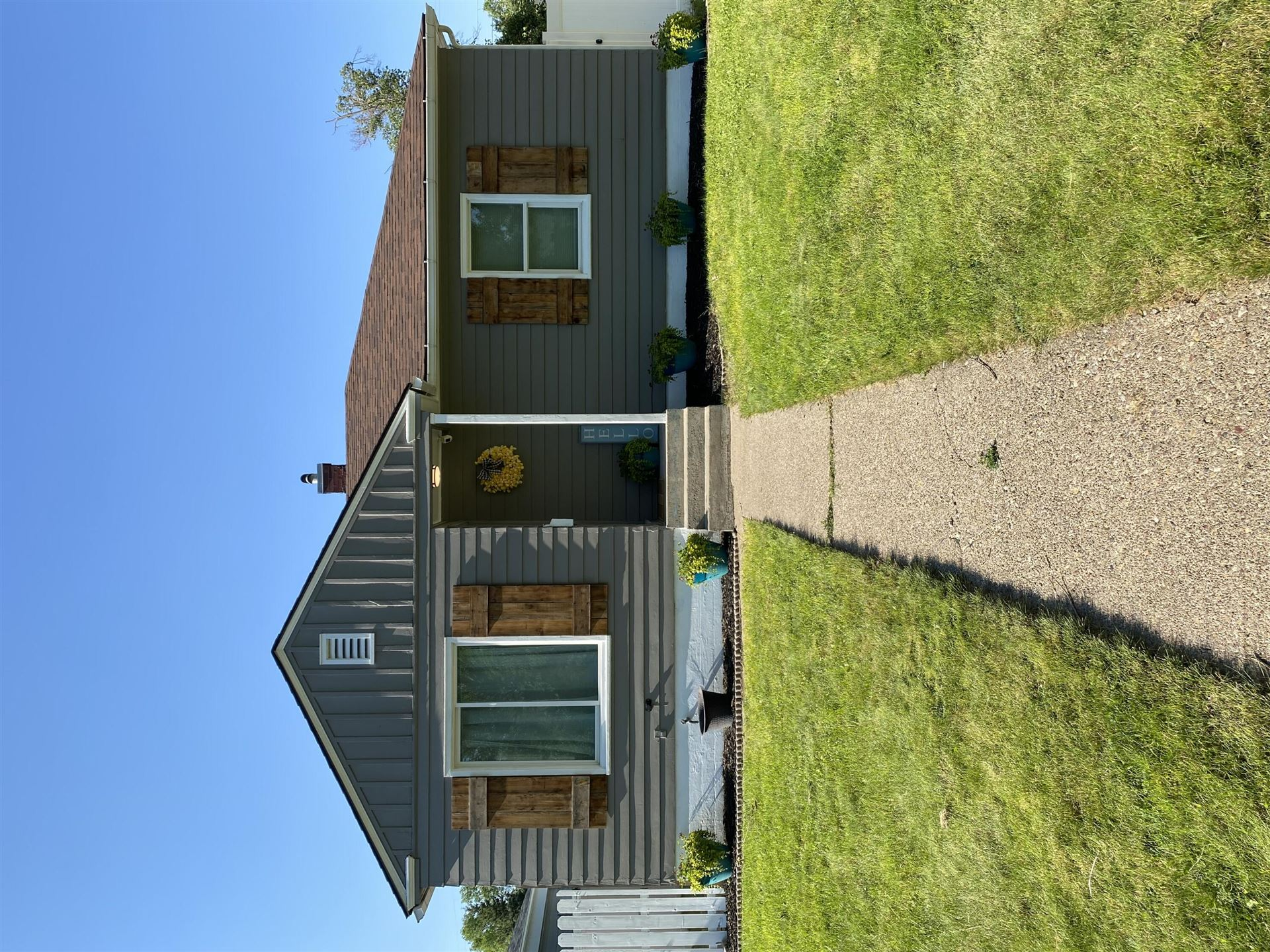 Photo of 2417 4th Avenue South, Great Falls, MT 59405 (MLS # 22111699)