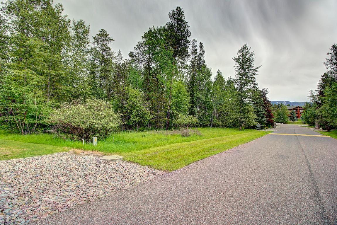 Photo for 221 Pine Valley Loop, Columbia Falls, MT 59912 (MLS # 22108721)