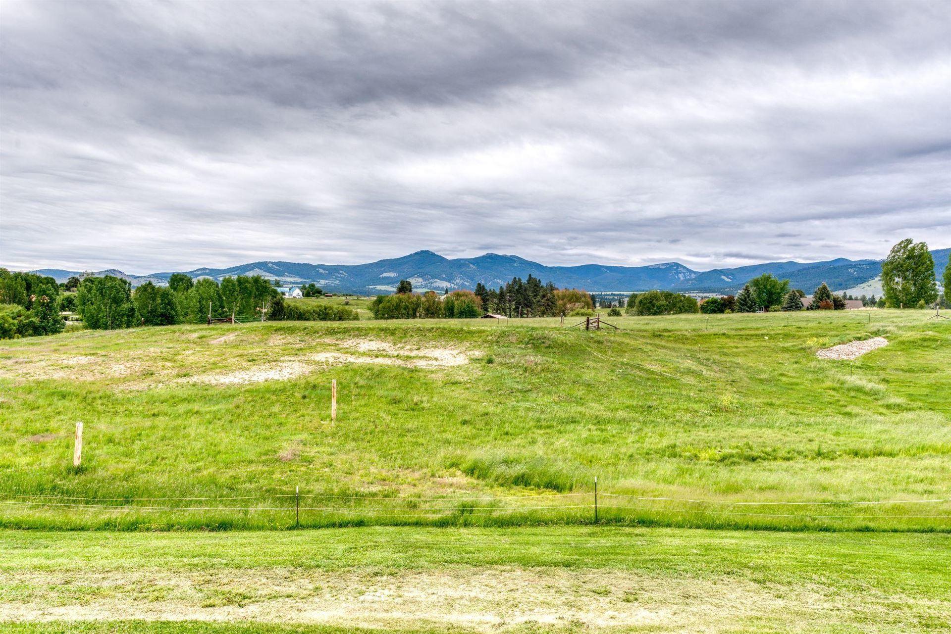 Photo of 402 Wilcox Lane, Corvallis, MT 59828 (MLS # 22108729)