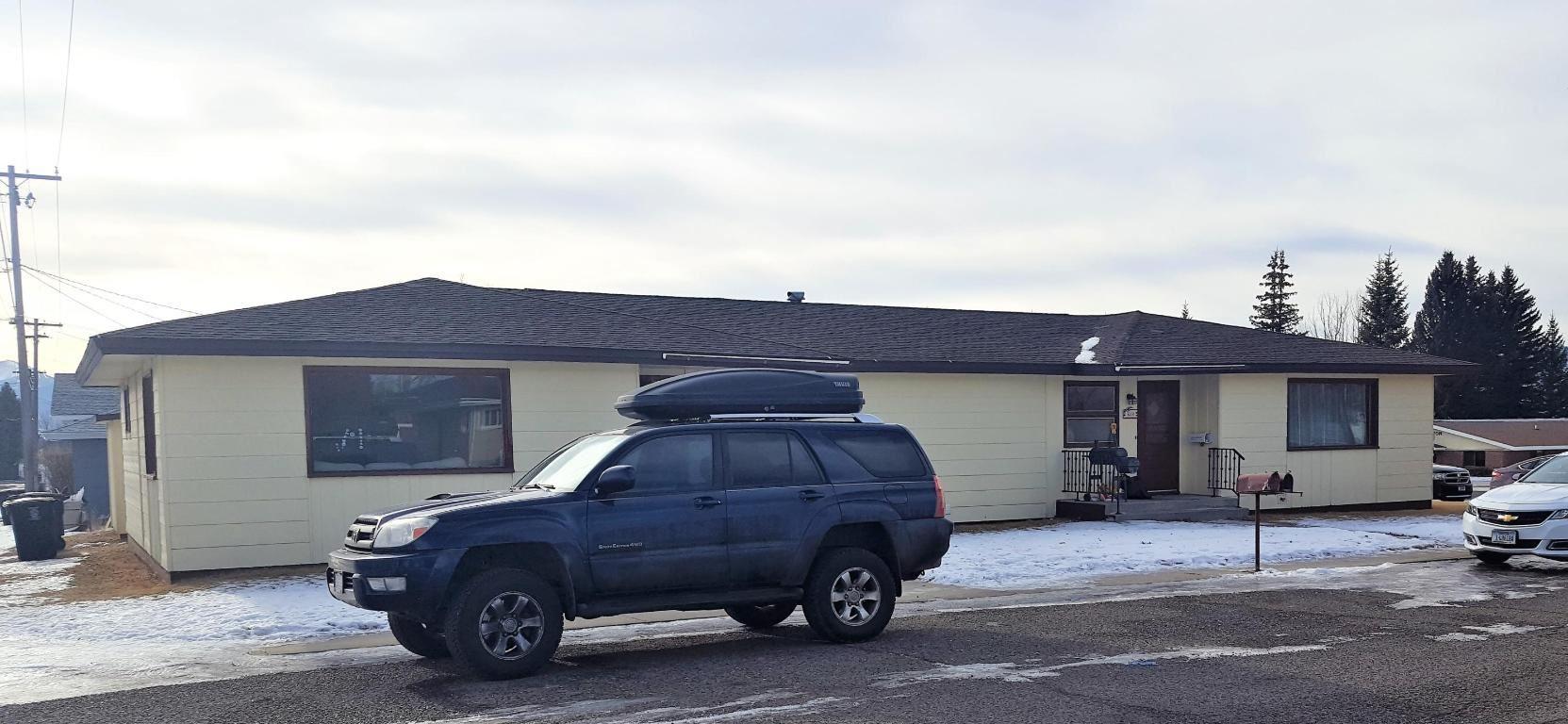 Photo of 3200 Yale Avenue, Butte, MT 59701 (MLS # 22100733)