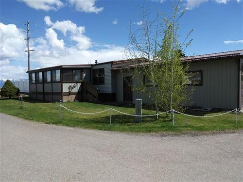 Photo of 322 Forest Hill Village, Kalispell, MT 59901 (MLS # 22104833)