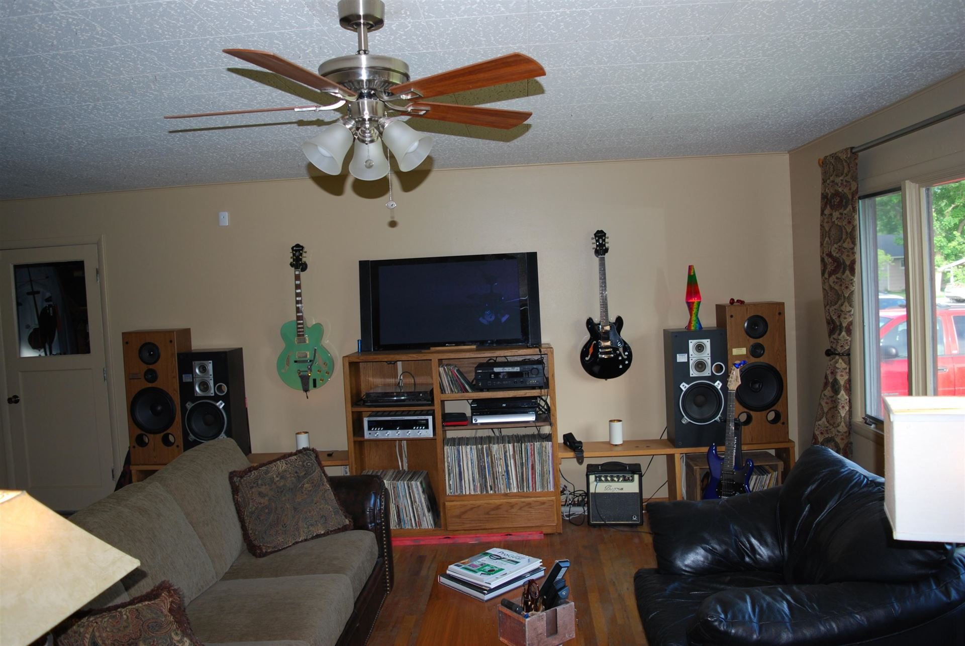 Photo of 535 West Oregon Street, Kalispell, MT 59901 (MLS # 22108835)