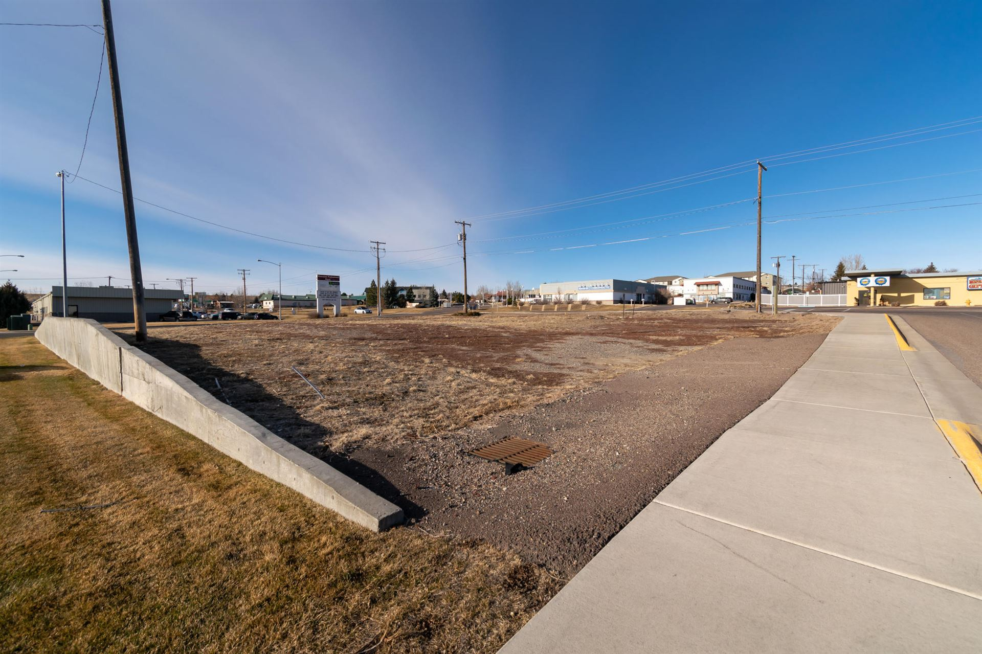 Photo of 324 Smelter Avenue North East, Great Falls, MT 59404 (MLS # 22100856)