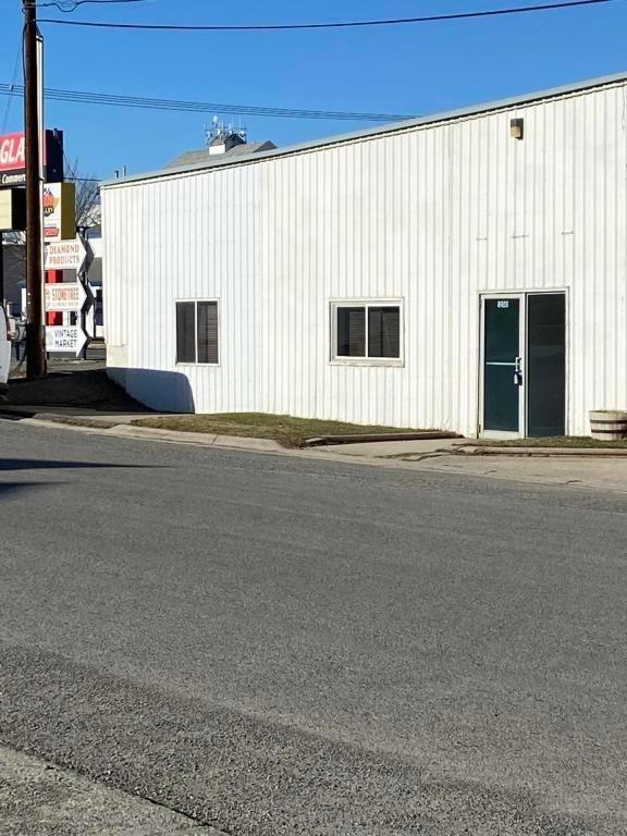 Photo of 1218 Bozeman Avenue, Helena, MT 59601 (MLS # 22100899)