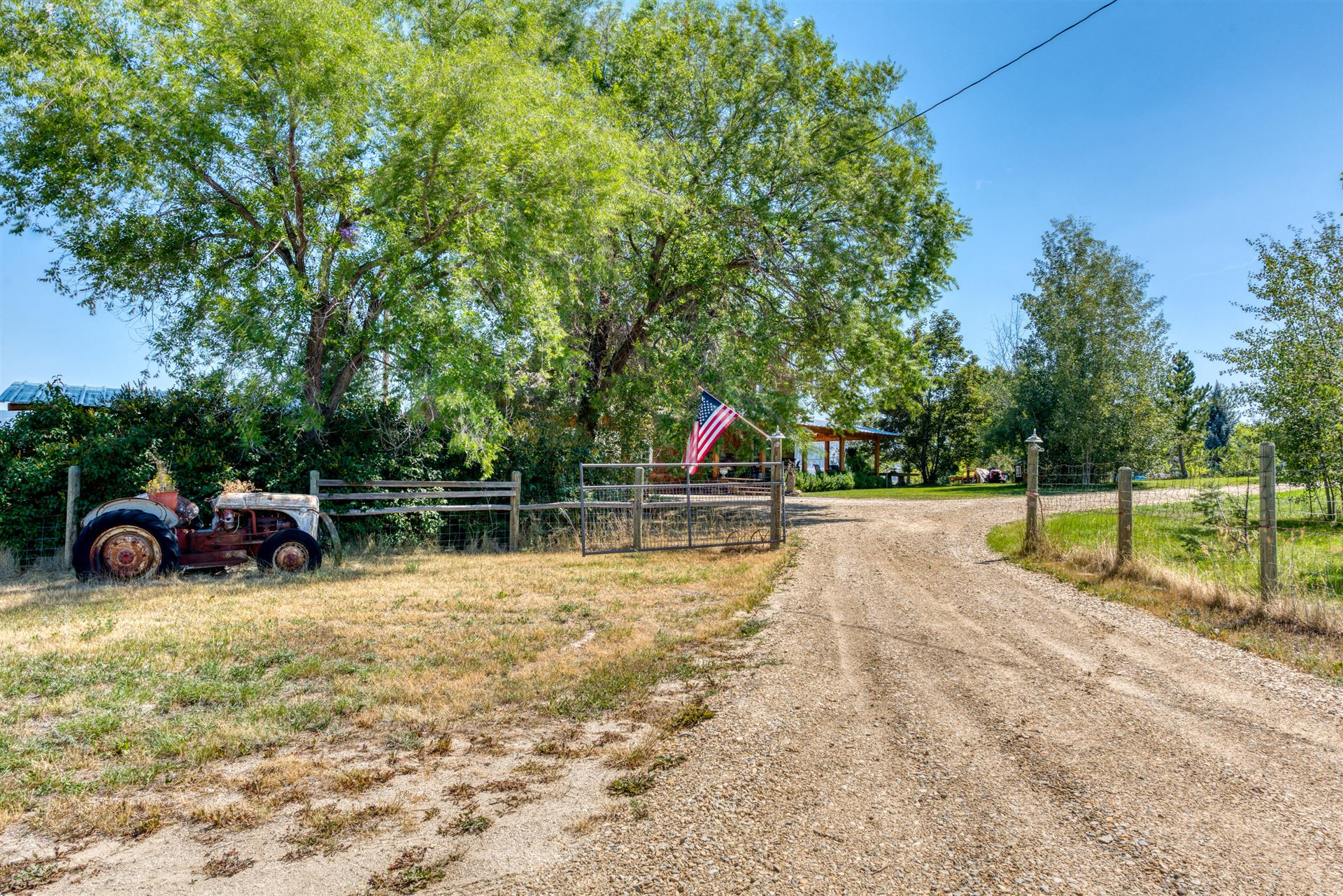 Photo of 4216 Illinois Bench Road, Stevensville, MT 59870 (MLS # 22112944)
