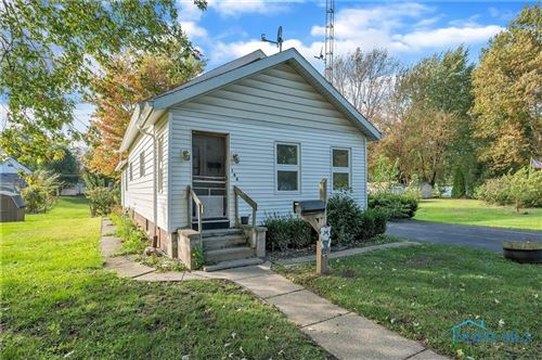 Photo of 146 Lawrence Avenue, Swanton, OH 43558 (MLS # 6079039)