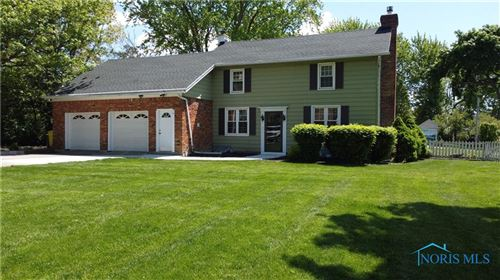 Photo of 15957 Five Point Road, Perrysburg, OH 43551 (MLS # 6068074)
