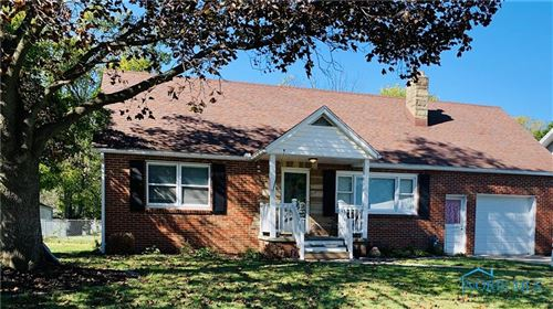 Photo of 1399 Fort Street, Maumee, OH 43537 (MLS # 6078078)