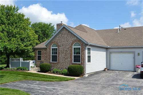 Photo of 221 Stonegate Boulevard, Bowling Green, OH 43402 (MLS # 6072124)