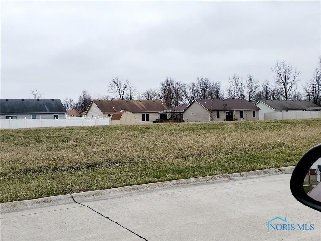 Photo for 593 Fugate Drive, Defiance, OH 43512 (MLS # 6052147)