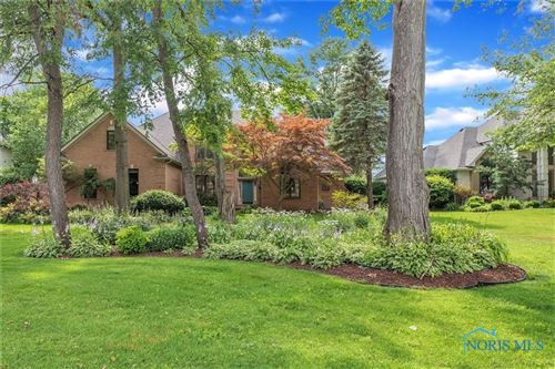 Photo of 638 Saint Annes Drive, Holland, OH 43528 (MLS # 6072153)