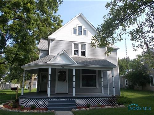 Photo of 405 E Chestnut Street, Wauseon, OH 43567 (MLS # 6075177)