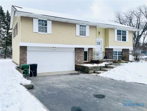 Photo of 1700 Christopher Lane, Maumee, OH 43537 (MLS # 6050235)